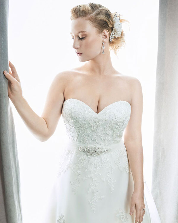 Brides with Curves, Wimborne | wedding dresses sizes 18-32, all budgets