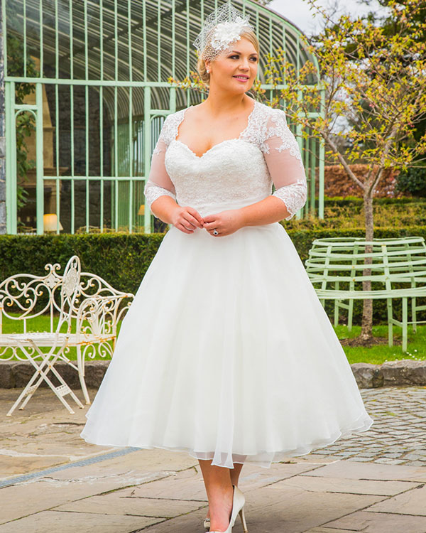 Brides with Curves, Wimborne   wedding dresses sizes 18-32, all budgets
